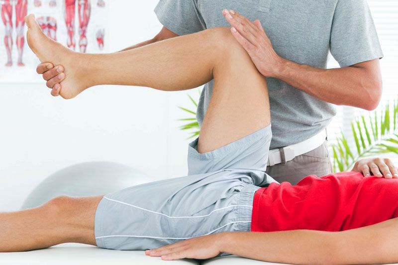 Cumming Chiropractic at Stover Sports Injury and Wellness physio_stretch